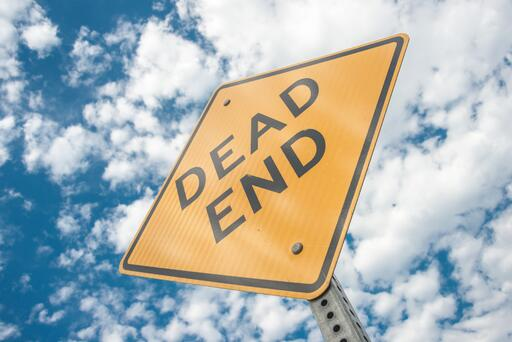 Investors must be wary of dead ends (Pic source: Pexels)